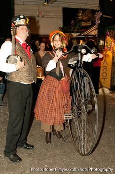 https://static.tvtropes.org/pmwiki/pub/images/2133-Dickens-Fair-Day-1-2011-12-10_2290.jpg