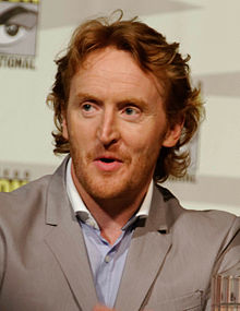 https://static.tvtropes.org/pmwiki/pub/images/220px-tony_curran_-_defiance_panel_cropped_222.jpg