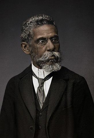 https://static.tvtropes.org/pmwiki/pub/images/327px_machado_de_assis_real_negro.jpg