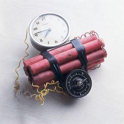 https://static.tvtropes.org/pmwiki/pub/images/600px-Classic_time_bombresize.jpg