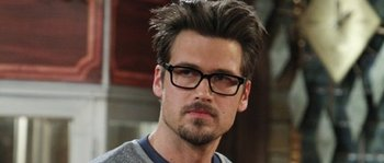 http://static.tvtropes.org/pmwiki/pub/images/90210_nick_zano_wird_36562_big.jpg