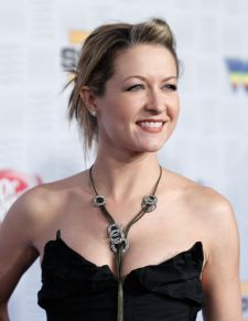 http://static.tvtropes.org/pmwiki/pub/images/Ali_Hillis_Spike_TV_2010_Video_Game_Awards_UT_3244.jpg