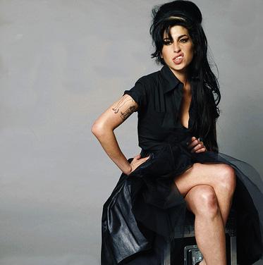 https://static.tvtropes.org/pmwiki/pub/images/Amy_Winehouse_sn_5937.jpg