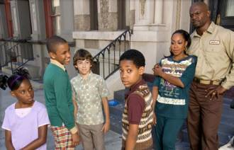 http://static.tvtropes.org/pmwiki/pub/images/Cast_of_Everybody_Hates_Chris.jpg
