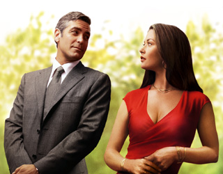 http://static.tvtropes.org/pmwiki/pub/images/Clooney_Zeta-Jones_7227.jpg