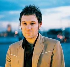https://static.tvtropes.org/pmwiki/pub/images/David-Gray-Announced-UK-Concerts-2.jpg