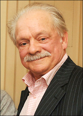 http://static.tvtropes.org/pmwiki/pub/images/David_Jason_8137.jpg