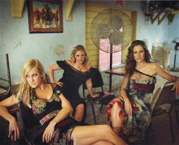 http://static.tvtropes.org/pmwiki/pub/images/Dixie_Chicks_635.jpg