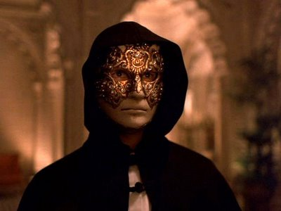http://static.tvtropes.org/pmwiki/pub/images/Eyes_Wide_Shut_4165.jpg