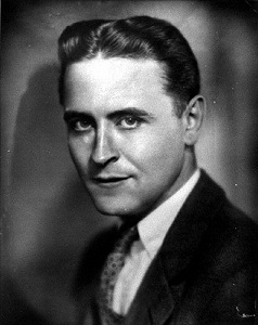 https://static.tvtropes.org/pmwiki/pub/images/Francis-Scott-Key-Fitzgerald-September-24-1896-December-21-1940-celebrities-who-died-young-31651814-397-500_1632.jpg