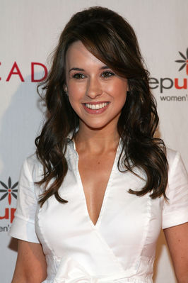 http://static.tvtropes.org/pmwiki/pub/images/Lacey_Chabert_19726_8614.jpg