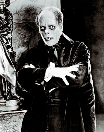 http://static.tvtropes.org/pmwiki/pub/images/Lon-Chaney-Jorobado.jpg