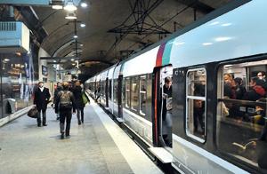 https://static.tvtropes.org/pmwiki/pub/images/Paris_metro_1941.jpg