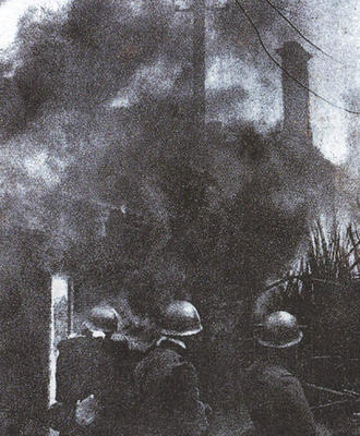 http://static.tvtropes.org/pmwiki/pub/images/Shanghai_1932_japan_burning_6604.jpg