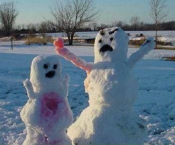 http://static.tvtropes.org/pmwiki/pub/images/Snowmen_6795.jpg