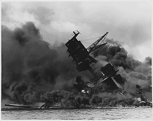 https://static.tvtropes.org/pmwiki/pub/images/USSArizona_PearlHarbor.png