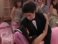 https://static.tvtropes.org/pmwiki/pub/images/Wizards.of.Waverly.Place.S01E16.Quinceanera.HR.DSR.XviD-LaR__1__0001.jpg