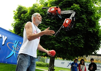 http://static.tvtropes.org/pmwiki/pub/images/a_aaa-chainsaws-juggling_7212.jpg