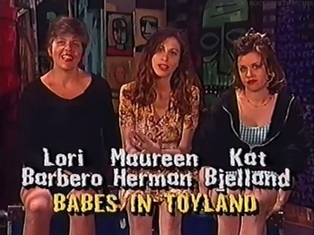 https://static.tvtropes.org/pmwiki/pub/images/babes_in_toyland_babes_in_toyland_37940284_480_360_freeze.jpg