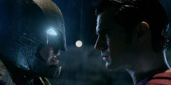 https://static.tvtropes.org/pmwiki/pub/images/batman_v_superman_the_complete_guide_to_frank_miller_dark_knight.jpg
