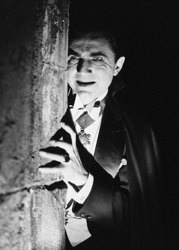 https://static.tvtropes.org/pmwiki/pub/images/bela_lugosi_as_dracula.jpeg