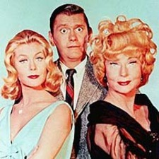 https://static.tvtropes.org/pmwiki/pub/images/bewitched.jpg