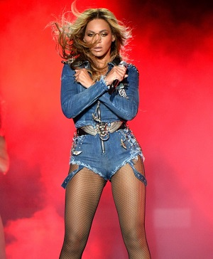 http://static.tvtropes.org/pmwiki/pub/images/beyonce-on-the-run-costumes4_5221.jpg