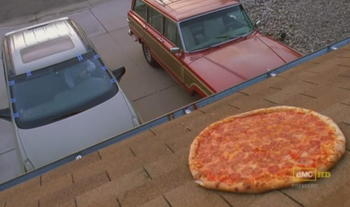 https://static.tvtropes.org/pmwiki/pub/images/breaking_bad_pizza.jpg