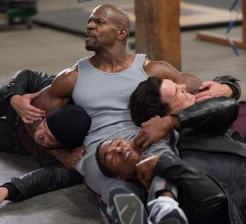 brooklyn_nine-nine_headlock_7620.jpg