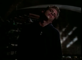 https://static.tvtropes.org/pmwiki/pub/images/buffy_fear_itself_broken_neck_guy.png
