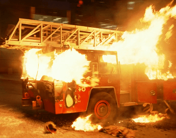 https://static.tvtropes.org/pmwiki/pub/images/burning_fire_truck_8.png