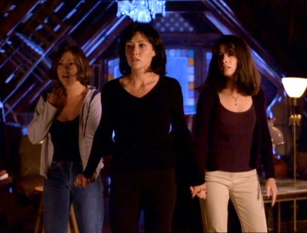Charmed S1e1 Something Wicca This Way Comes Recap Tv