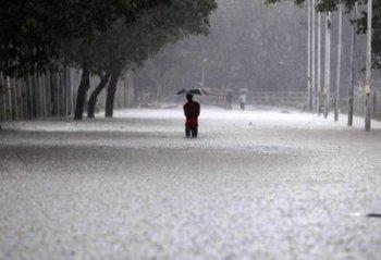 http://static.tvtropes.org/pmwiki/pub/images/chennai_rain_5_580x395.jpg