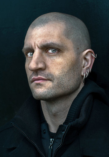 http://static.tvtropes.org/pmwiki/pub/images/china_mieville.jpg