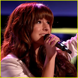 https://static.tvtropes.org/pmwiki/pub/images/christina_grimmie_auditions_for_the_voice.jpg