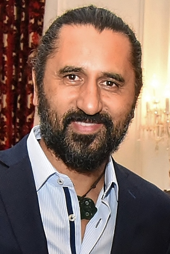 https://static.tvtropes.org/pmwiki/pub/images/cliff_curtis_cropped.jpg