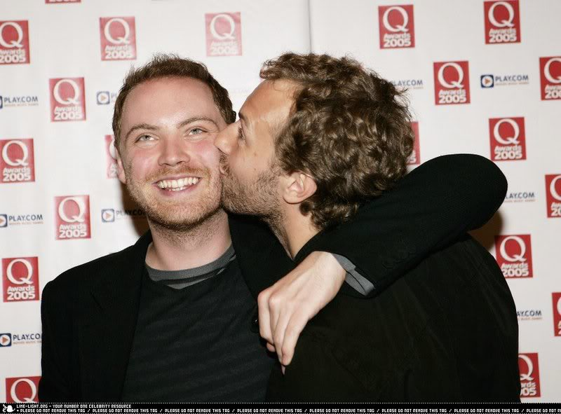 http://static.tvtropes.org/pmwiki/pub/images/coldplayhoyay_9063.jpg