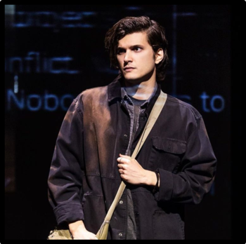 https://static.tvtropes.org/pmwiki/pub/images/connormurphyalexboniello.png