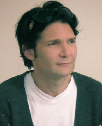 https://static.tvtropes.org/pmwiki/pub/images/corey_feldman_at_vicki_abelsons_women_who_write_cropped.jpg