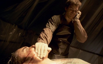 https://static.tvtropes.org/pmwiki/pub/images/dexter_phone_500x311.png
