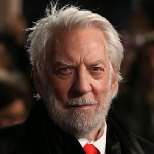 https://static.tvtropes.org/pmwiki/pub/images/donald_sutherland_gettyimages_495892778_1600jpg.jpg