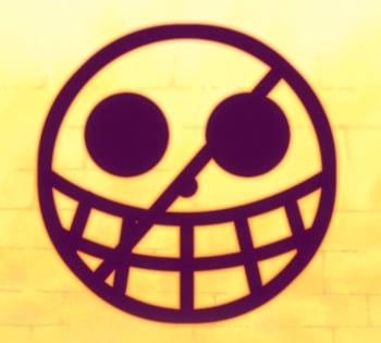 https://static.tvtropes.org/pmwiki/pub/images/donquixote_pirates_jolly_roger.png