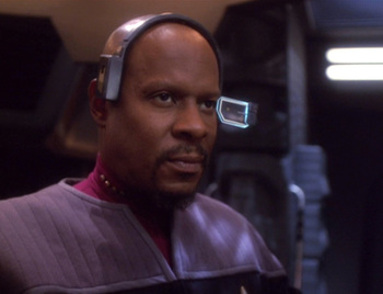 http://static.tvtropes.org/pmwiki/pub/images/ds9_a_time_to_stand_3.jpg