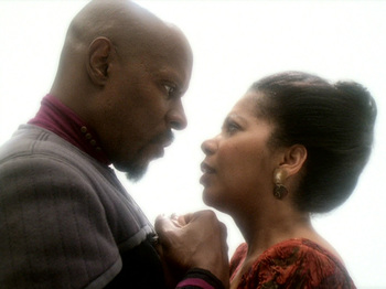 http://static.tvtropes.org/pmwiki/pub/images/ds9_leave_behind_563.jpg