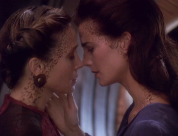 http://static.tvtropes.org/pmwiki/pub/images/ds9_rejoined_442.jpg