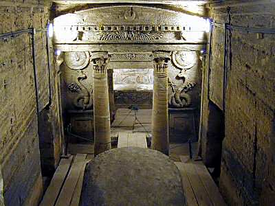 http://static.tvtropes.org/pmwiki/pub/images/egyptian-tomb11_7753.jpg