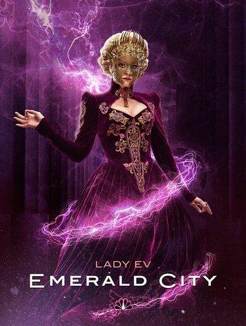 https://static.tvtropes.org/pmwiki/pub/images/emerald_city_lady_ev.jpg