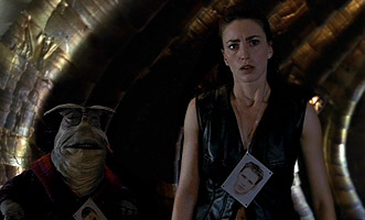 http://static.tvtropes.org/pmwiki/pub/images/farscape_outoftheirminds_7392.jpg