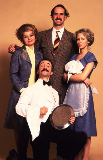 https://static.tvtropes.org/pmwiki/pub/images/fawlty_towers_cast_1.jpg