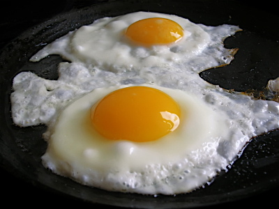 http://static.tvtropes.org/pmwiki/pub/images/fried_eggs_134.jpg